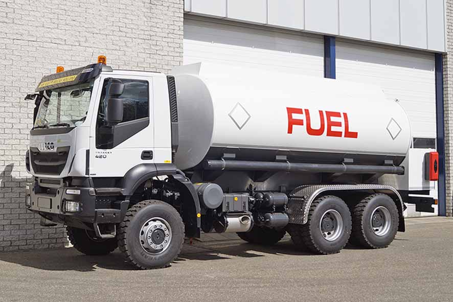 IVECO TRAKKER AD380T42WH - CUSTOMIZED