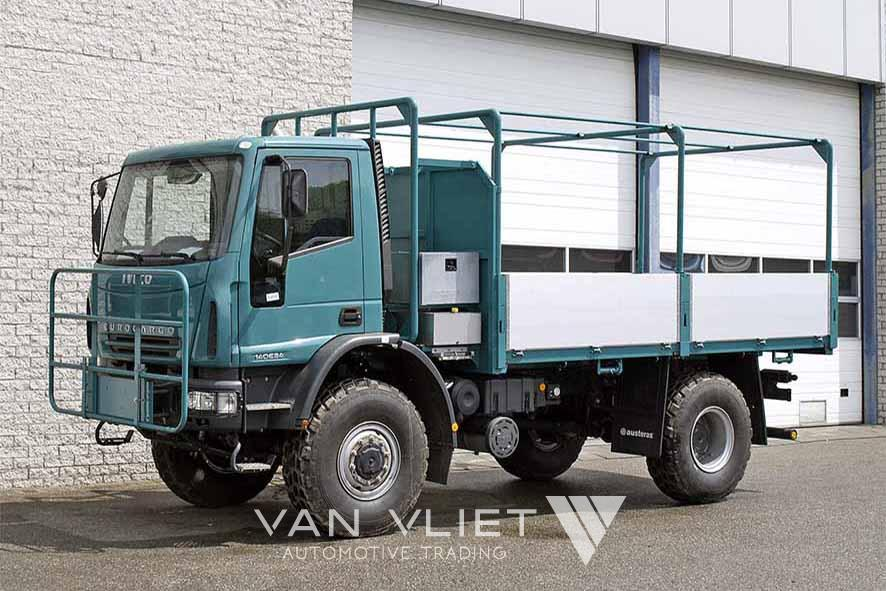 IVECO EUROCARGO ML140E24W 4X4 FLATBED WITH SIDEBOARDS