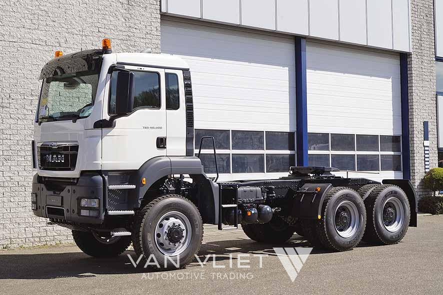 MAN TGS 40.400 BBS-WW 6X6 TRACTOR HEAD