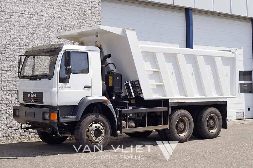 MAN CLA 26.280 BB 6X4 TIPPER TRUCK