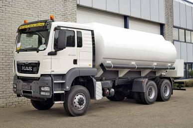 MAN TGS 33.400 BB-WW 6X6 FUEL TANK TRUCK