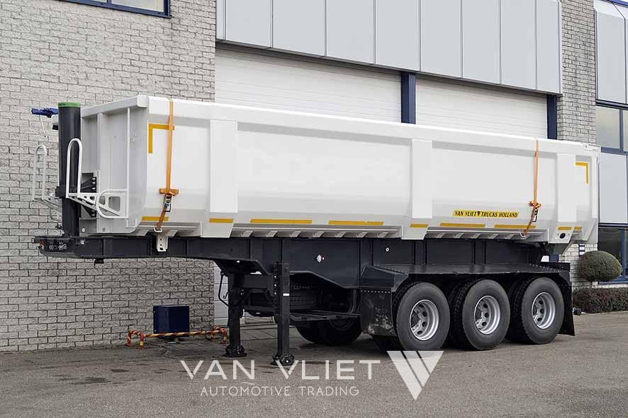 EUROMAX RT 32T3 3 AXLE TIPPER TRAILER
