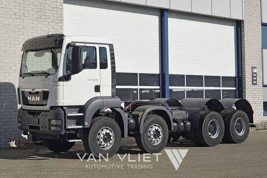 MAN TGS 41.400 BB-WW 8X4 CHASSIS-CABIN