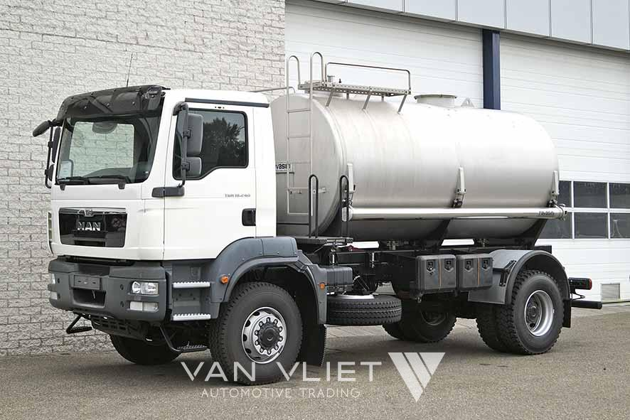 MAN TGM 18.240 BB 4X4 WATER TANK TRUCK