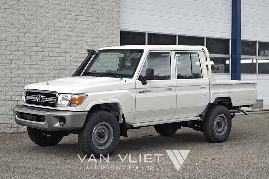 TOYOTA LAND CRUISER HZJ79L 4X4 DOUBLE CAB PICK-UP