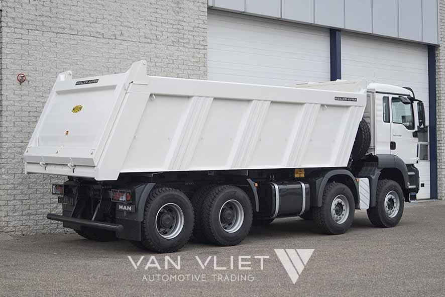 MAN TGS 41.400 BB-WW 8X4 TIPPER TRUCK