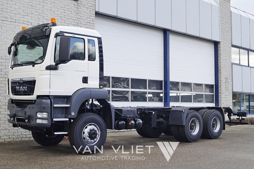 MAN TGS 33.400 BB-WW 4500mm CHASSIS CABIN