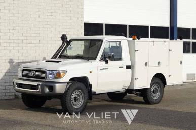 TOYOTA LANDCRUISER 4X4 MOBILE WORKSHOP TRUCK