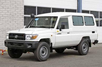 TOYOTA LANDCRUISER PRISON VEHICLE