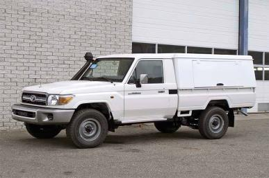 TOYOTA LANDCRUISER HARDTOP CUSTOMIZED