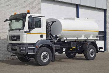 MAN TGM 18.240 BB 4x4 FUEL TANKER