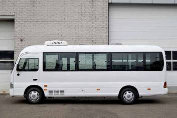 HYUNDAI COUNTY DE LUXE MINI BUS 30
