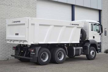 MAN TGS 33.360 BB-WW 6X4 TIPPER TRUCK
