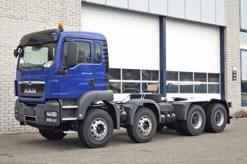 MAN TGS 41.400 BB-WW-8X4 CHASSIS CABIN MANUAL