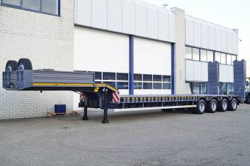 DOLL S4L-0 4-Axle Lowbed Trailer