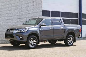 TOYOTA HILUX 2.4 D4D EXECUTIVE AT