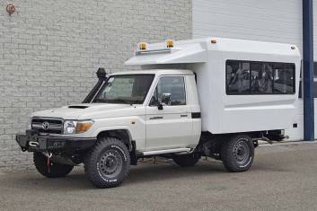 TOYOTA LAND CRUISER VDJ79L 4X4 CREW CARRIER