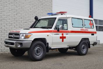 TOYOTA LAND CRUISER VDJ78L AMBULANCE