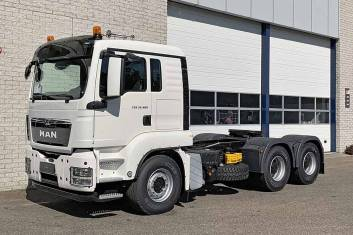 MAN TGS 33.480 BBS-WW AT ADR 6X4 TRACTOR HEAD