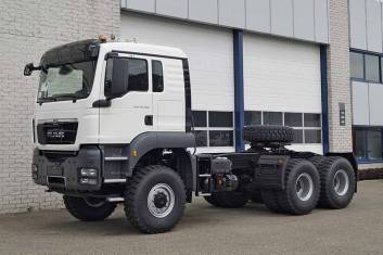 MAN TGS 40.480 BBS-WW AT 6X6 TRACTOR HEAD