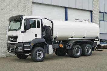 MAN TGS 40.400 BB-WW 6X4 WATERSPRAY TANK TRUCK