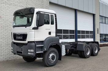 MAN TGS 33.400 BB-WW 6X6 CHASSIS CABIN