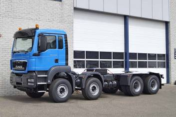 MAN TGS 41.400 BB-WW 8X4 CHASSIS CABIN