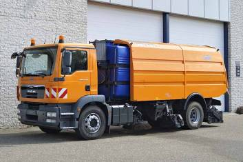 MAN TGM 18.330 BB 4X2 AIRPORT SWEEPER TRUCK