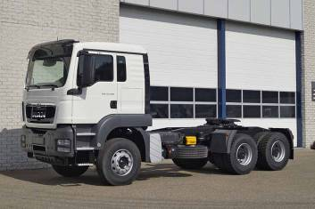 MAN TGS 33.400 BBS-WW 6X4 TRACTOR HEAD