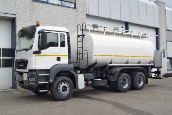 MAN TGS 33.360 BB-WW 6X4 FUEL TANK TRUCK